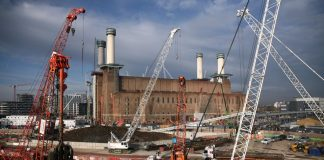 Aktivitas Konstruksi Inggris Mengalami Penurunan