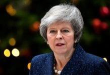 Perdana Menteri Theresa May Menang Mosi Percaya 200 vs 117