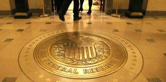 Gold bergerak tipis menunggu keputusan Fed