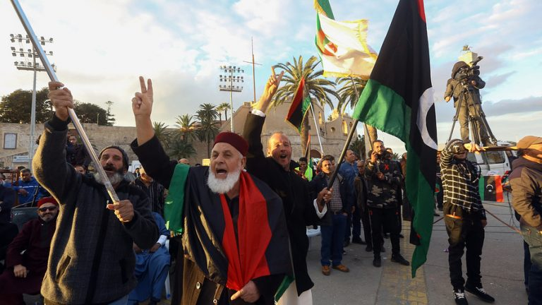 Ada Kerusuhan Libya dan Irak, Harga Minyak Naik