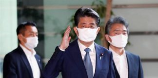 Shinzo Abe resign